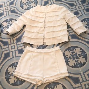 Show stopper white summer outfit